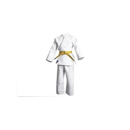 Kimono judo pratiquant lisse